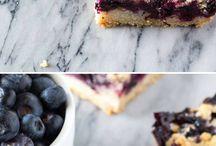 blueberry cramble bars