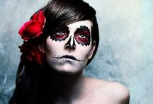 Holidays: Halloween / by Keri Comeroski