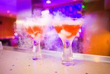 Molekylær Mixologi / Molekylær mixology er betegnelsen for processen med at skabe cocktails ved hjælp af udstyr og teknikker for molekylær gastronomi.