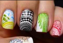 nail designs / by Automne