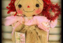 Primitive Dolls / by Michelle Reynolds-Stefanski