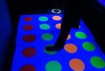 glow in de dark / nachtspellen en feestjes / ideeën voor avond spellen en feestjes