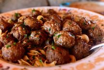 Salisbury meatballs and noodles