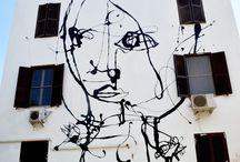 Talking walls / Tracce di vita sui muri della città. Segni, messaggi, storie si sedimentano nel corso degli anni e determinano l'anima dei luoghi. Una raccolta che unisce capolavori artistici a semplici sfoghi di un momento, tutto ciò che mi colpisce nel corso delle mie esplorazioni metropolitane