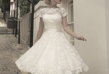Short wedding dresses / by Breeze Bjerkøe