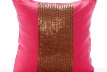 Pink Pillows/Cushions