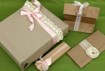 Gift Wrap Ideas / by Maggie Foreman
