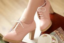 vintage heels / Love these heels! I am 100℅ getting them!!! (At least one pair mabye two)