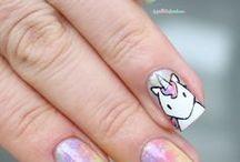 Uñas unicornio