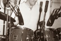 Throwback Thursday Pictures / Throwback Thursday Pics from Loren Weisman. Music Business Consultant, Speaker and Author Loren Weisman works to help, assist & consult independent artists, musicians, bands, labels & other businesses to achieve sustainable success. He has been a part of over 700 albums as a drummer and music producer. More Throwback Thursday Pics at http://lorenweisman.com/ / by Loren Weisman
