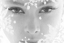 WOMEN /   L'objet de ce tableau est de dévoiler ces photographies uniques de femmes qui m'ont inspiré et m'inspire encore aujourd'hui.