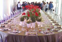 Evento TotalErg - Dada Cafè / TotalErg ha scelto il Dada Cafè per la sua cena estiva. Catering curato da New Team Banqueting e allestimenti disegnati e realizzati da Fabbrica di Idee. L'operosità delle api, il profumo delle erbe mediterranee e tante gerbere rosse.