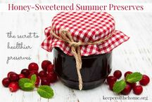 Dressings, sauces, jams, and jellies! / Recipes for homemade dressings, sauces, jams, and jellies to decorate your favorite dishes.