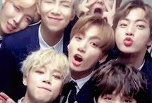 BTS / there are wallpapers and pretty pics of BTS. ♡♡♡  FUCKKK I LOVE THEM SOOO MUCH