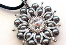 Beaded pendants and brooches