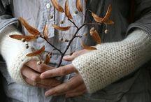 Knitting / .