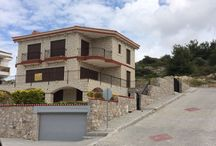 villa in cesme izmir house 4-2 for sale / Villa in Çeşme has amazing sea view, with its 2 living rooms, 2 kitchens, 4 bedroom and 4 bathroom, private garden and open swimming pool. Suitable for big families and this villa also can be used as a boutique hotel.