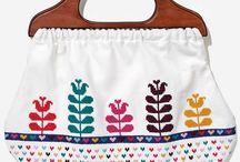 purses/bags