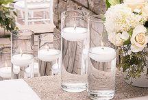 Décoration : vase et bouteille / Des centres de tables toute en originalité pour vos réceptions : vases et bouteilles pour accueillir vos compositions florales
