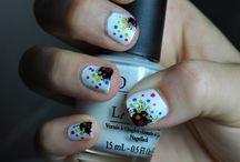 nails / by Elizabeth Polyukhovich