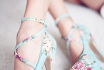 Zapatos / by Sophie Love