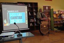 """Premiación en """"Día mundial del libro"""" en Cartagena. / Este 2014 me tocó presentar mis libros como invitado de honor en la Biblioteca Municipal de Cartagena. Una enriquecedora experiencia, llena de gratos momentos y que se coronó con la entrega de un premio por parte del alcalde de la comuna."""