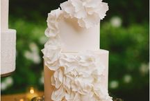 Elegant and Gorgeous Wedding Cakes / feast your eyes on this beautiful wedding cake gallery. de mooiste bruidstaarten, van elegant tot extravagant. Ter inspiratie.