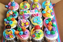 Cakes, cupcakes & cookies / by Diane Trimbath Raby