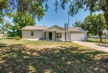 Little Elm, Texas Real Estate / Highlighting real estate listings in Little Elm, Texas