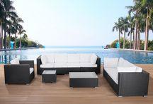 Tuin / Op dit bord vind je inspiratie voor een fijne en moderne zitplek buiten en hoe je dit creëert met onze betaalbare meubels.