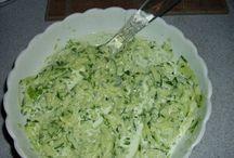 salát-příloha/samotný pokrm/