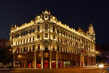 Buddha-Bar Hotel Budapest Klotild Palace***** / The 5-star Buddha-Bar Hotel Budapest Klotild Palace exceeds the highest expectations, featuring 102 first-class rooms including 75 rooms and 27 suites. Relax, refresh your body and soul in the Buddhattitude Spa or take a journey throughout Chinese, Thai, Japanese and French gastronomy in the world-famous Buddha-Bar Restaurant.