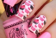 Pampered Nails / by Chilly Paws