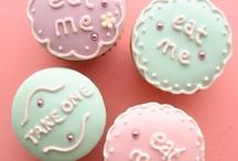Cupcakes / by Ann Eding