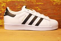 Adidas Superstar on the edge shoes