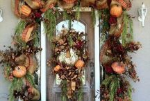 Come On In! Fall edition / Stunning Fall entryways & outdoor displays.