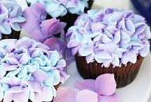 Romantic Wedding Cupcakes / Cup Cake Girl has exceeded herself with the most Romantic  Wedding Cupcakes. Ahhhh so beautiful! But you may say, you could do better. OK, FOLLOW ME And INVITE ME to pin on your Recipe boards and I will Do The Same For You and we will see who gets the most Likes and Repins. Haha Up for the challenge? Go ahead and Follow and Invite me now.