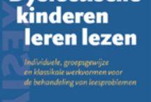 """Bib / Deze boeken zijn bij onze bibliotheek te leen, dus die hoef ik niet te kopen. Tegenwoordig hebben ze ook veel eboeken! Af en toe reserveer ik er weer een paar. De gelezen studieboeken staan bij """"Aanraders"""". Ook luisterboeken bij de bib: http://www.bibliotheek.nl/bestanden/titels-luisterbieb-mei-2016.pdf"""
