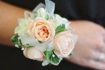 Blomsterarmband, corsage