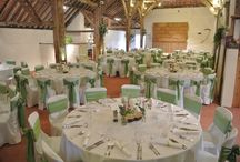 Pangdean's Beautiful Sussex Barn / We work hard to make sure that your party will exceed your expectations. Pangdean is a place your guests will be warmly welcomed, and charmed by the rural and historic setting all styled to suit you.