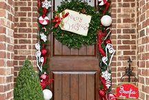 Christmas front door deco