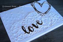 Falling petals embossing folder