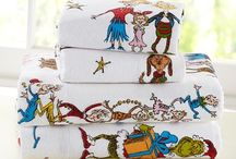 Christmas Linen / Curtains, Tablecloths, towels, etc I'd want for the Christmas Season / by Katie Morgan