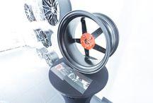 SIL 3000 Radbolzen-/ Radschraubenhalter / Dank dem patentierten SIL-3000 gehört das Problem der fehlenden Radbolzen der Vergangenheit an. Er garantiert eine sichere Aufbewahrung der Radbolzen an den Felgen.
