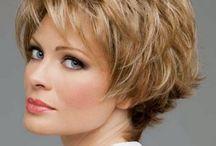 Corte de cabello corto mujer madura