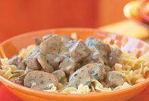Crock Pot Recipes / by Leah Martinez
