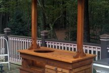 Grill Tables / The Big Green Egg