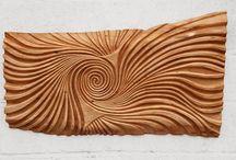 Holzrelif