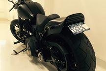 Custom Harley-Davidson softail