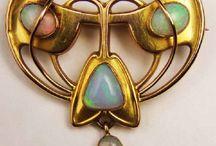 Secese šperk